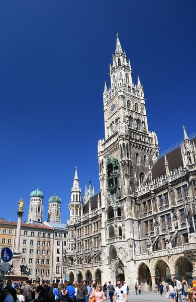 Marienplatz and the Neues Rathaus or New City Hall.