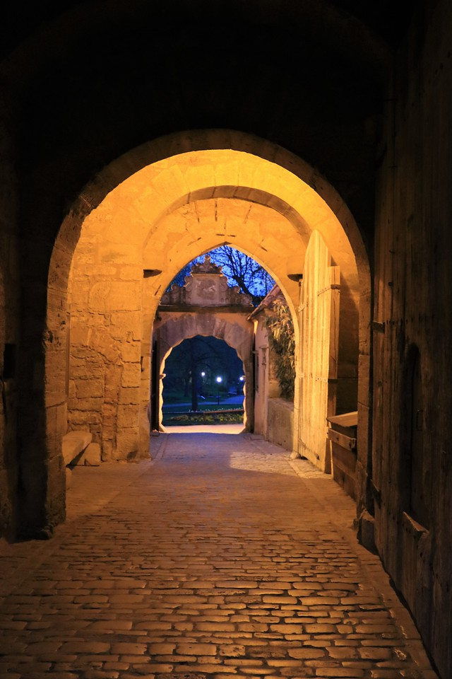 Going out through the Burgtor Gate.  Note the small trap door on the right in the middle of the main gate.  The Night Watchman could let townsfolk in if they got back after the main gates were closed and locked.