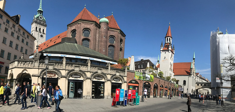 Walking to Marienplatz, we pass behind St. Peter's Church with its tall tower on the left, and the Altes Rathaus on the right.