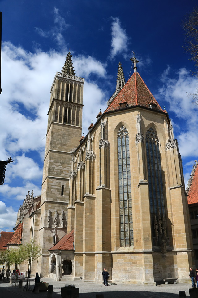 St. Jakobs Kirche (St. James Church) dates to 1311, is Gothic in style, and is the town's main church.  It is a Lutheran congregation.
