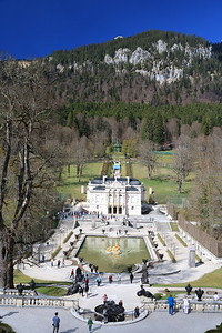 Arriving at Schloss Linderhof, one of the three castles/palaces built by King Ludwig II in the 2nd half of the 1800's.  He spent a lot of time at this small but beautiful palace tucked away in the middle of nowhere.