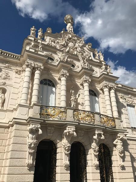 The baroque façade of Schloss Linderhof.