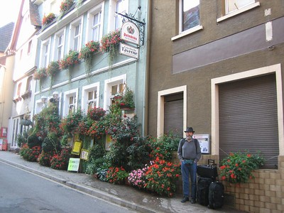 The next day we stayed here, a Greek guest house in Neckargemund.