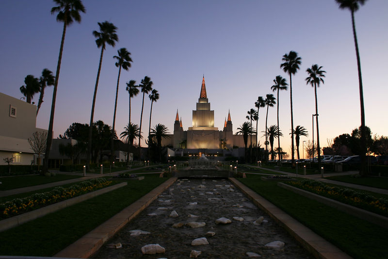 The Oakland Temple just after sunset.