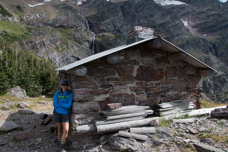 The shelter on top of Gunsight Pass.