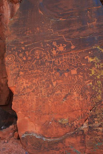 Petroglyphs at V-Bar-V.