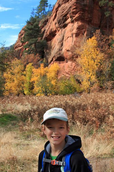 Hiking in Oak Creek Canyon
