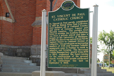 1039 Historical plaque in front of St Vincents Catholic Church Pontiac Michigan