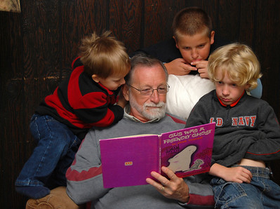 1160 Grandpa reading about Gus the Ghost to David Isaac and Ivan