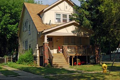 1027 95 Putnam Grandpa's first house