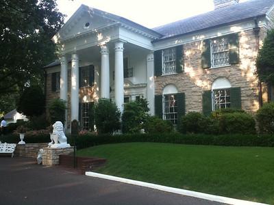 037 Graceland front entrance