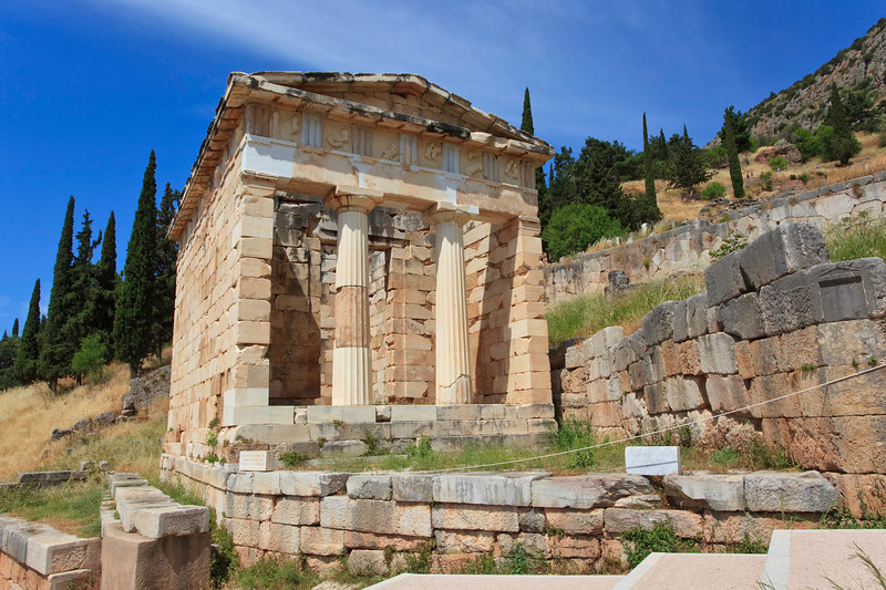Athenian Treasury, Delphi