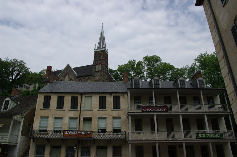 shops along Shenandoah St.