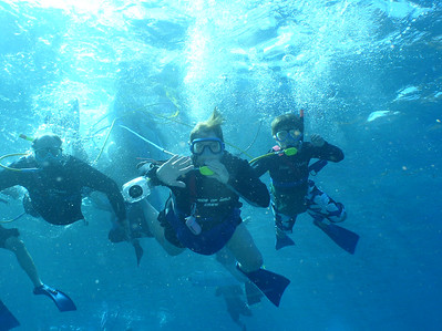 August 15, 2006  Maui - Pride of Maui - Molokini Snorkel. Family Photo - Glen, Mary Beth & Nate snuba diving.