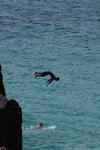 Cliff diving at Sunset Beach
