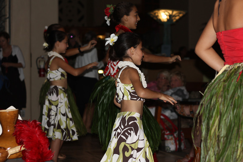 They also had a fun hula dancing show put on by some kids who took it very seriously, and put on a great show.