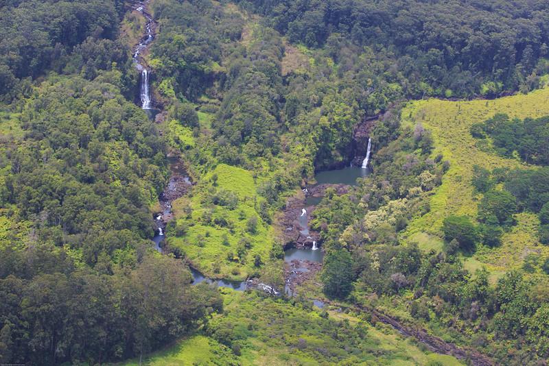 Another, View, of, Umauma, and, surrounding, Falls