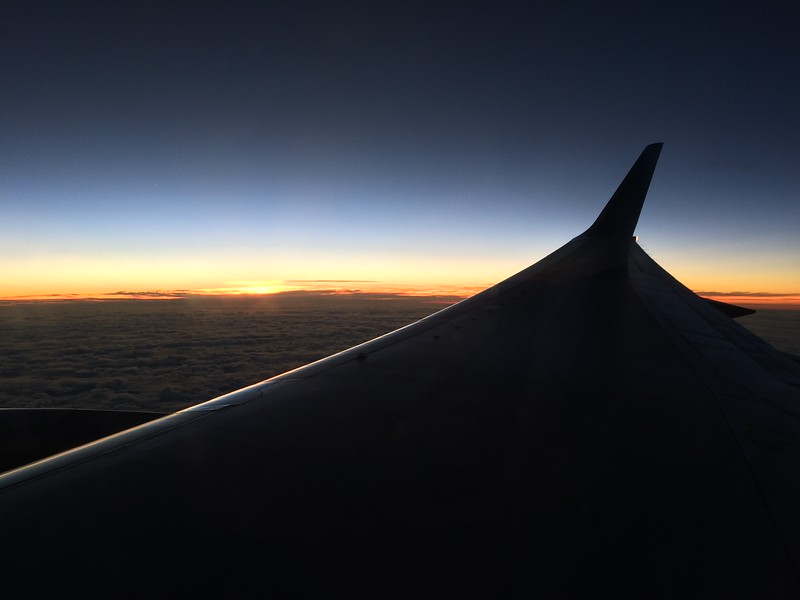 Over the Pacific in a B757