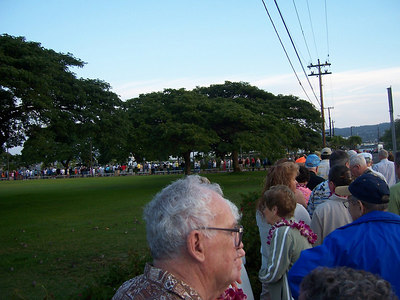 Headed over to Pearl Harbor.  Gotta get there early (check out the line).