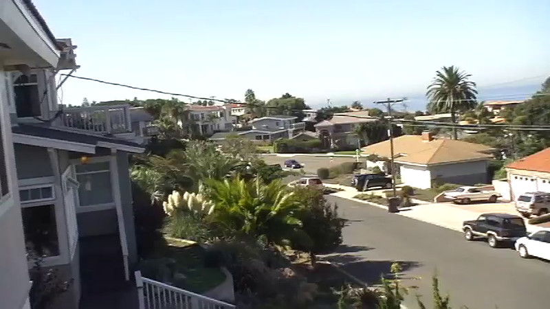 VIDEO:  6 minutes ~~ Ray & Penny visit Joy & Bill Bellville in San Diego.  Click on above image and then on triangle and video will play.