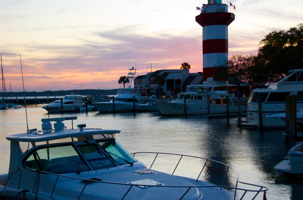 Harbor Town Marina and Lighthouse
