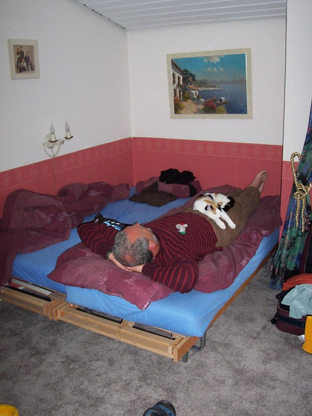 Chris and Pietje taking a nap