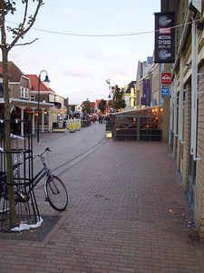 """Still daylight at 10 PM in the village of """"de Koog"""" on Texel. This is the shopping district near our hotel."""