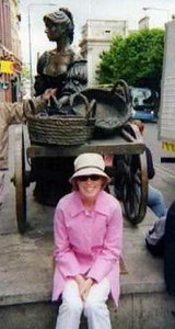 """Audra in front of the """"Tart with the Cart"""" (a.k.a. Molly Malone) on Grafton Street, Dublin"""