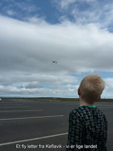 Et fly letter fra Keflavik - vi er lige landet