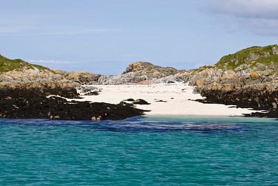 A tiny island with a beautiful beach, just off Colonsay Island,(near the Isle Of Mull !)