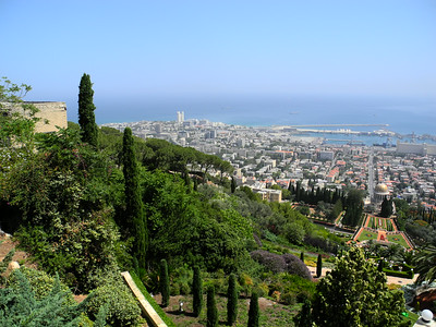 The port of Haifa from the top of the gardens