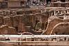 The ruins inderneath the center stage of the colisseo. Initially, they were covered and a few exits were built in the ground to let the gladiators and animals enter the stage.<br /> -----<br /> Les ruines en dessous de la scene centrale. A l'origine, elles servaient à abriter les gladiateurs et les animaux avant que ceux-ci rentrent en scène par des ouvertures pratiquées dans le sol.
