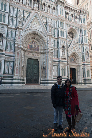 Sag and me in front of the Duomo