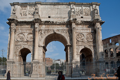 Constantine entered Rome victoriously after defeating Maxentius, and the senate awarded him a triumphal arch.