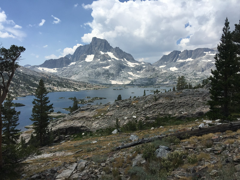 Back on the JMT and headed up to Island Pass.