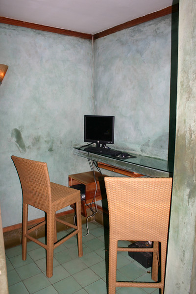 For those who choose to lug their laptop around, or who have a WiFi PDA, internet access can be had in and around the lobby.  For everyone else, there are three computers set up and available 24 hours a day.  Two are in this little alcove.