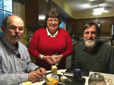We rode the Metro south to Springfield, Virginia, and visited Jay (Ken's old Navy buddy) and his wife Cathy.  A fun visit, with yummy cheese...