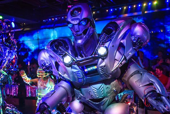 Tokyo: Robot Restaurant ロボットレストラン