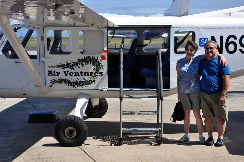 "AirVentures ""Big Kahuna"" tour (1 hour) of Kauai."