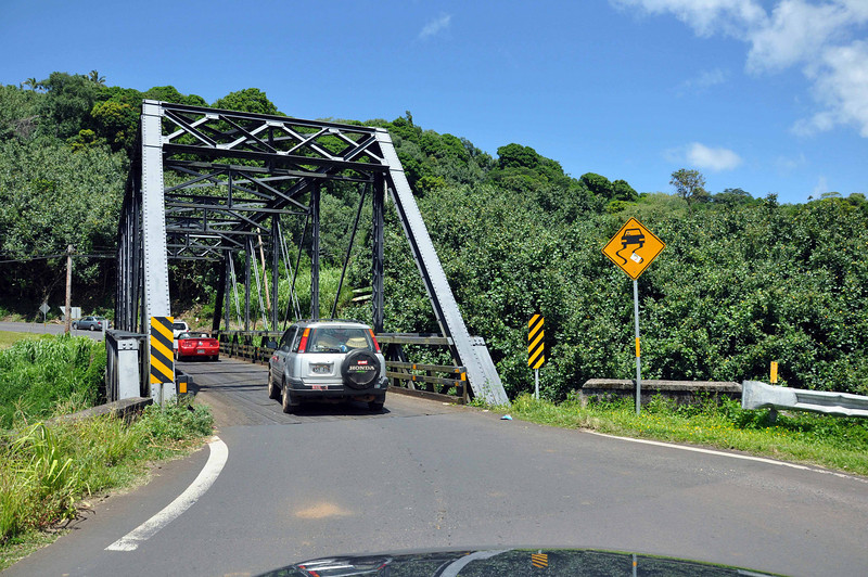One lane bridges are common on the north side of Kauai (Hawaii). We're heading toward Hanalei.
