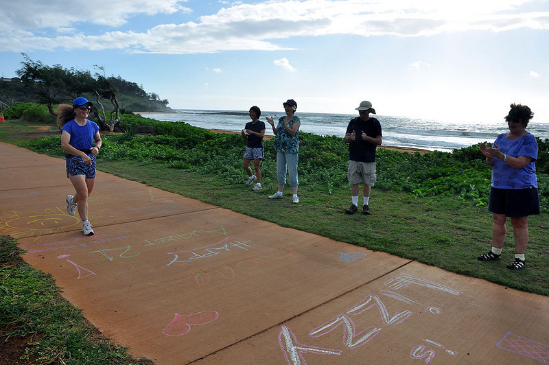 Liz, the birthday girl with the same birthday as Hawaii's statehood, encounters her sidewalk chalk messages.
