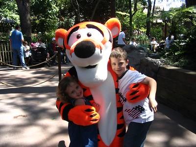 Kids In DisneyLand