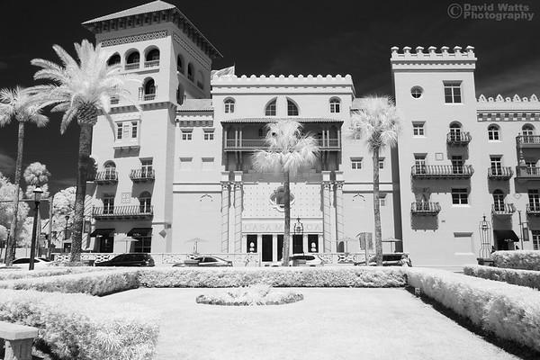 Casa Monica Hotel, Infrared