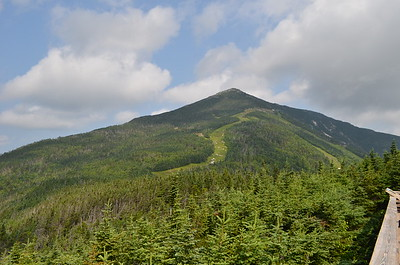 The actual peak of Whiteface Mt. was about another 1000 feet higher than the gondola took us.