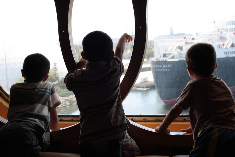<center> Jacob, Jared, Matthew admiring the Queen Mary before leaving..</center>
