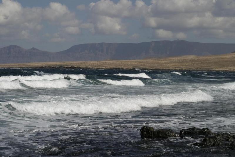 Famara surf beach, way cool!