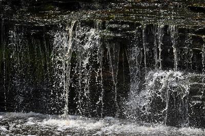 The Tahquamenon River drains approx. 820 sq. mi. in the UP.