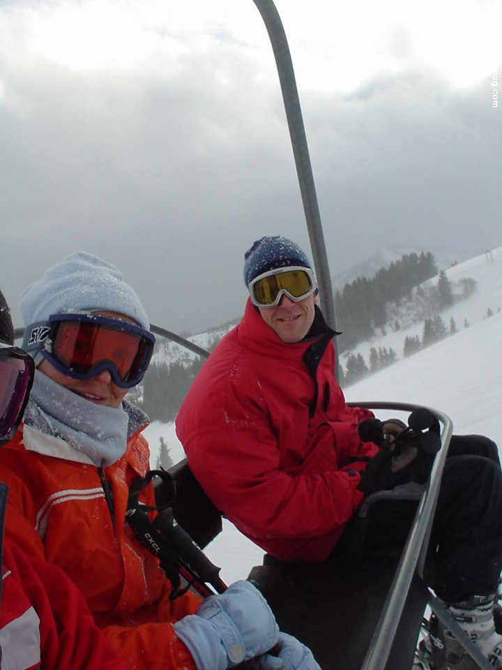 Marc and Petra, freezing in the lift