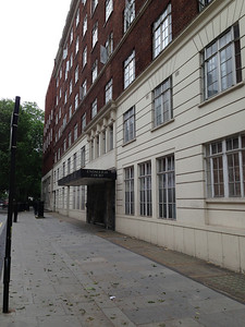 Endsleigh Court, 24 Upper Woburn Place -- our home base for 12 nights (June 13 - 25).  Friends University group tours have been renting flats in this building for many, many years.