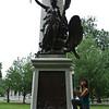 Day 3 - 9e Suzy with Boston Massacre monument